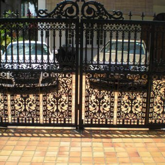 https://www.sanautogate.com.sg/wp-content/uploads/2019/01/fancy-black-auto-gate.jpg